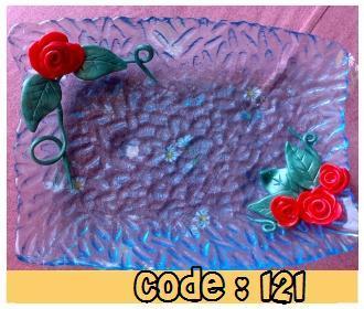 Piattino-portacaramelle-con-rose.jpg