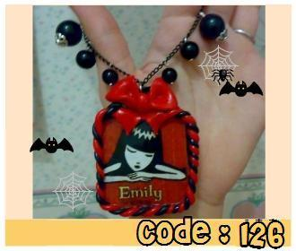Collana-Emily-the-Strange.jpg